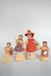 Picture of Czechia 4 Corn Husk Dolls